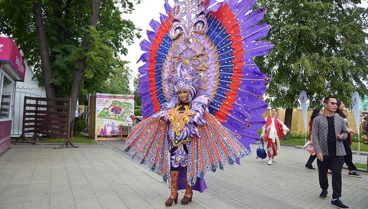 """Фестиваль Индонезии в саду """"Эрмитаж"""""""