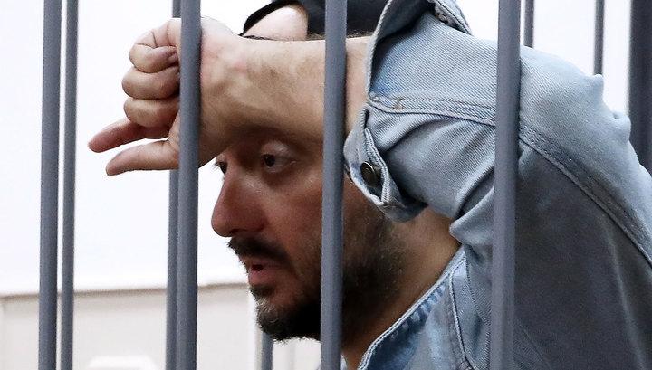 Продолжение ареста: Серебренников не просил свободы, и суд не дал ее