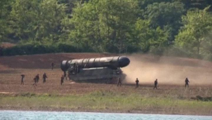 В ответ на ракетные запуски Япония и США введут новые санкции против КНДР