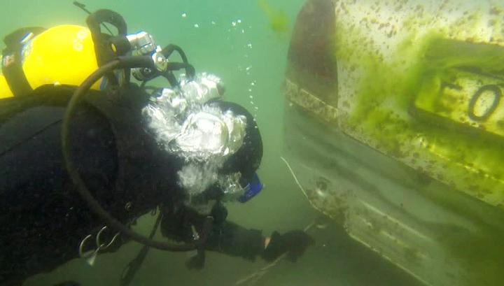 Байкал очищают от утонувших машин