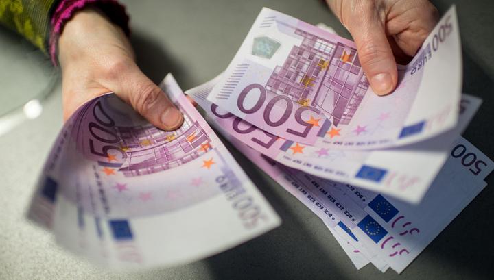 Комитет ЕП одобрил помощь в 3 миллиона евро уволенным из-за кризиса сотрудникам магазинов Греции