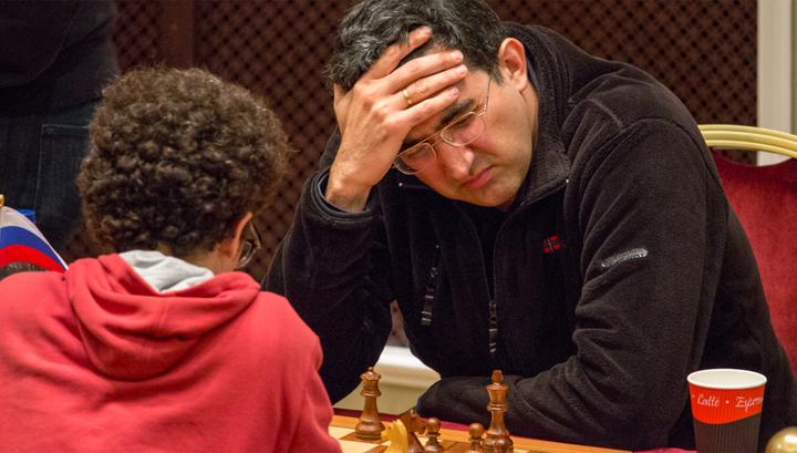 Турнир претендентов: Крамник уступил Мамедьярову, Грищук сыграл вничью с Каруаной