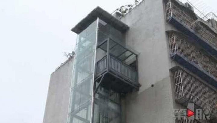 Житель Китая самостоятельно соорудил собственный персональный лифт на шестой этаж
