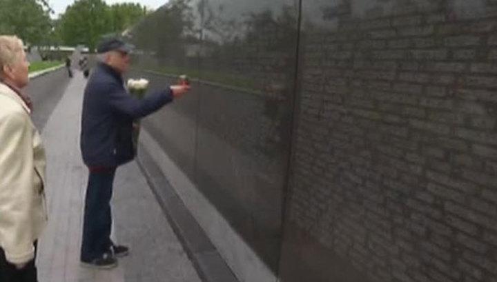 На Бутовском полигоне открыли 300-метровый памятник жертвам репрессий