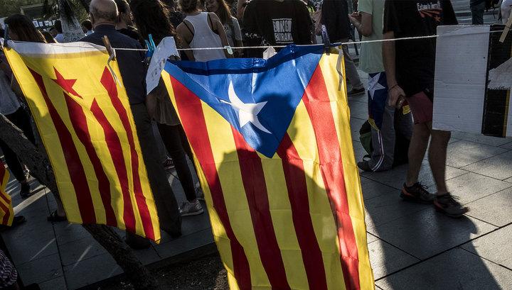 В Каталонии побеждают сторонники отделения от Испании