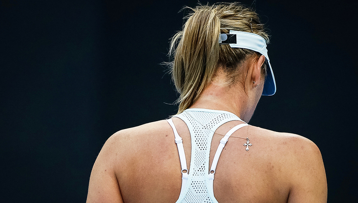 Мария Шарапова из-за травмы снялась с теннисного турнира в Майами