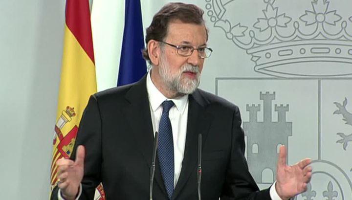Премьер-министр Испании Мариано Рахой сложил с себя полномочия