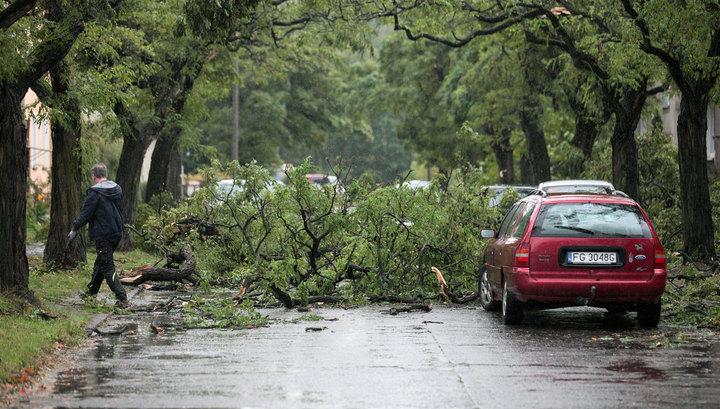 Ураганы убивают жителей Польши и Германии
