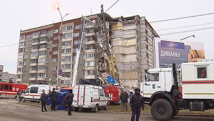 Жильцы обрушившегося в Ижевске дома смогут забрать свои вещи