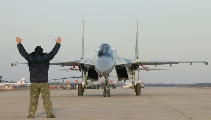 Испытания истребителей Су-35С закончат в следующем году