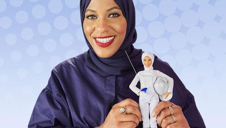 Кукла Барби впервые официально надела хиджаб