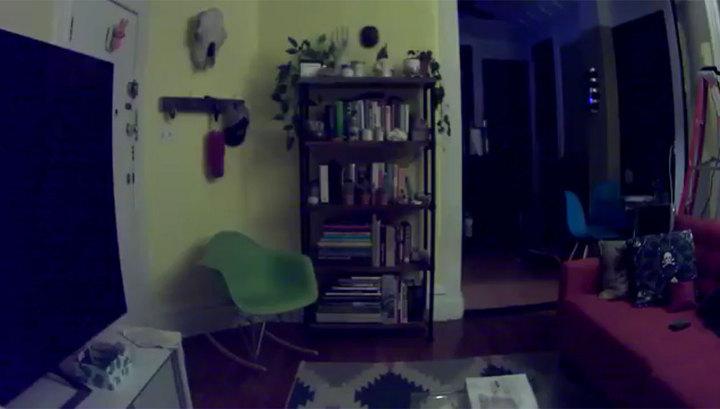 Житель Нью-Йорка боится засыпать из-за призрака ребенка, живущего в квартире