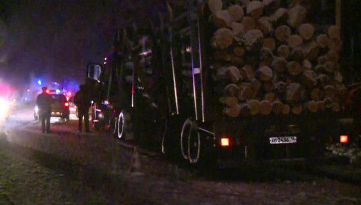 В Марий Эл похоронили жертв ДТП с микроавтобусом и лесовозом
