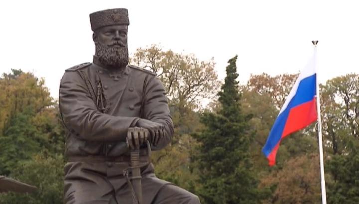 Автор памятника Александру III отверг обвинения в фактологических ошибках