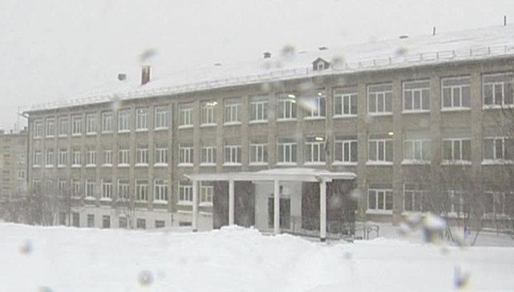 В школах Магаданской области из-за циклона отменили занятия