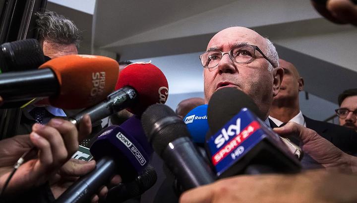 Тавеккио ушел в отставку с поста главы Федерации футбола Италии