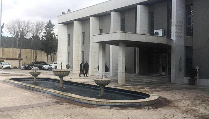 В результате обстрела спортзала в Дамаске два человека погибли, 15 ранены