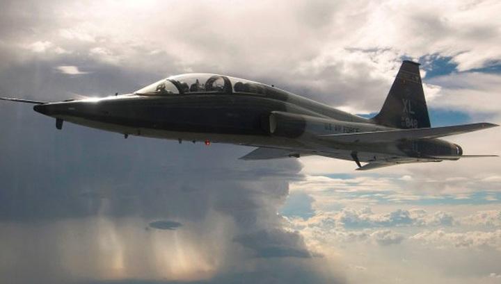 В Техасе рухнул самолет ВВС США, один человек погиб