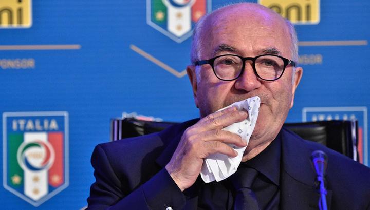 Экс-главу федерации футбола Италии обвинили в домогательствах