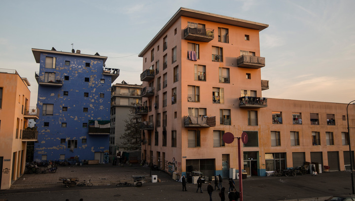 Из Олимпийской деревни в Турине выселяют последних беженцев