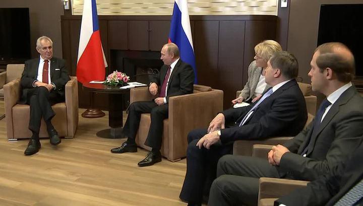 Путин рассказал Земану об успехах в Сирии на русском языке