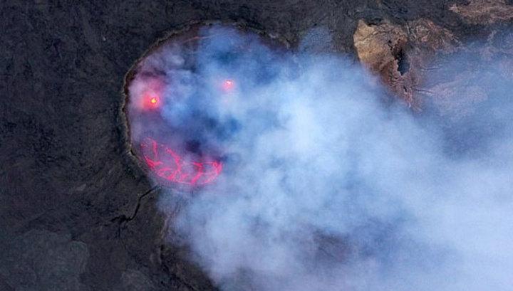 Эфиопский вулкан улыбнулся на фотографии