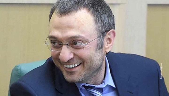 Песков: Россия продолжит защищать интересы сенатора Керимова