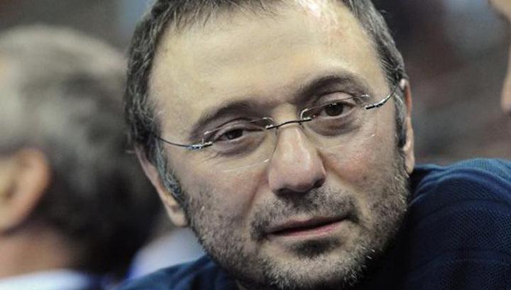 Суд Ниццы предъявил обвинения Сулейману Керимову
