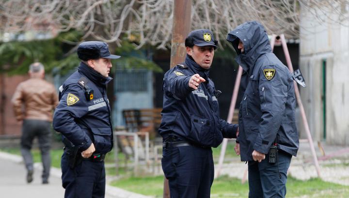 В Тбилиси завершилась спецоперация: один террорист арестован, трое убиты