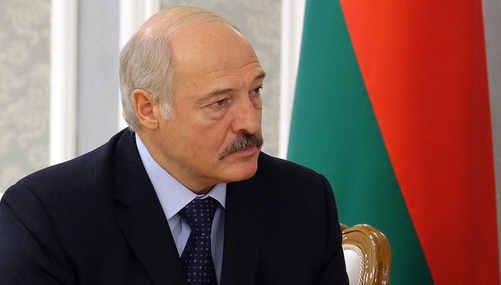 Лукашенко: в Беларуси никто святое не запрещал и запрещать не будет