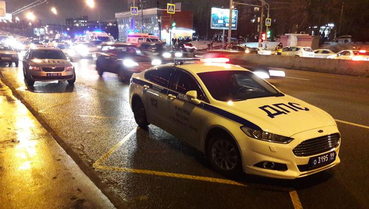 На западе Москвы ДТП переросло в конфликт со стрельбой