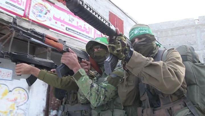 Израильские танки атаковали несколько постов движения ХАМАС в Газе