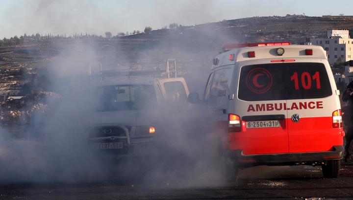 В столкновениях с израильскими военными пострадали 140 палестинцев