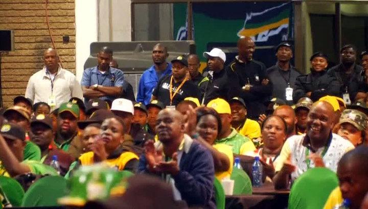 Правящая партия ЮАР предложила отбирать земли у белых фермеров
