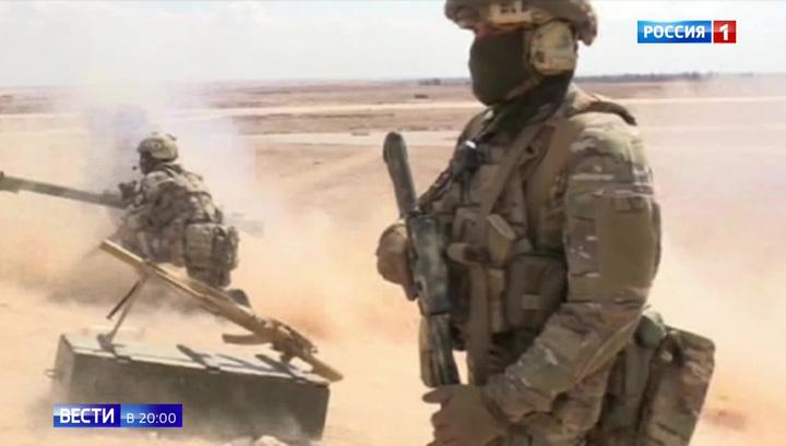 Президент лично вручил военным награды за Сирию