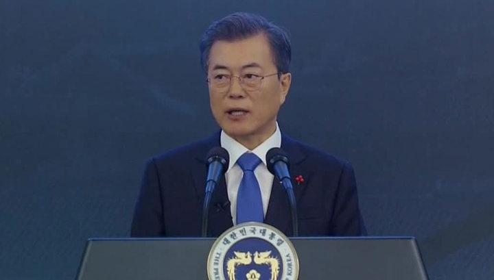 Мун Чжэ Ин уговорил Ким Чен Ына встретиться с Трампом в Пханмунджоме