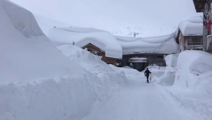 Снежный плен: горнолыжный курорт отрезало от внешнего мира