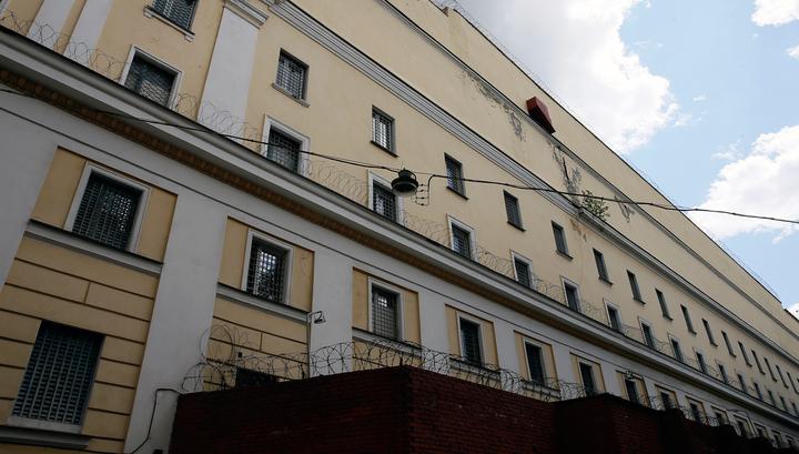 """Скандал с VIP-камерами: уволен замначальника """"Матросской тишины"""""""