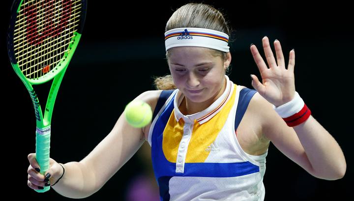 Елена Остапенко сложила чемпионские полномочия в первом круге Roland Garros