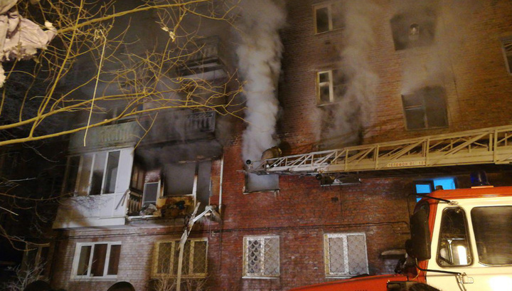 Взрыв в Омске: ранены трое взрослых и четверо детей
