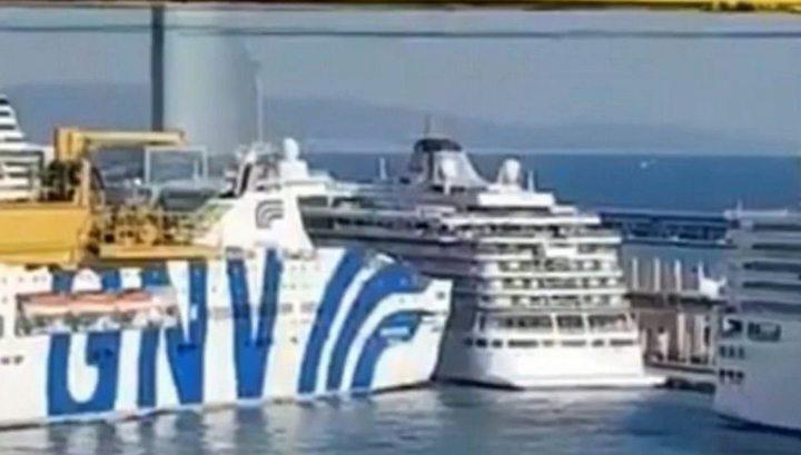 Паром протаранил круизный лайнер в порту Барселоны