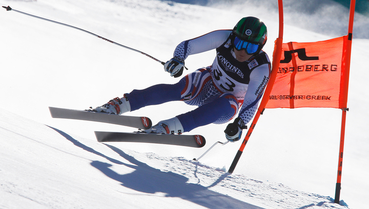 Трихичев выиграл серебро Кубка мира в горнолыжной комбинации