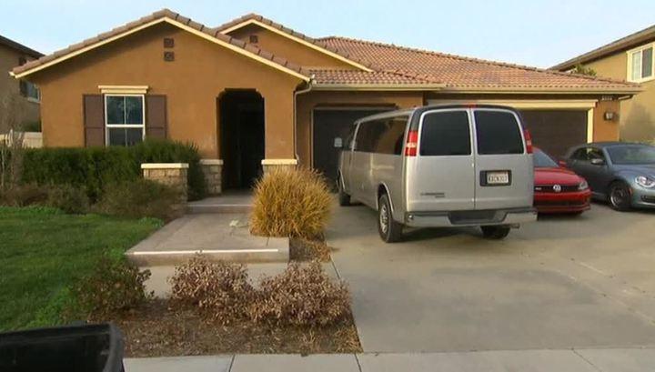 Многолетние истязания: супруги из Калифорнии держали 13 своих детей на цепи