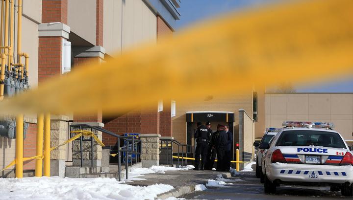 Аргументом в споре канадских школьниц стал нож