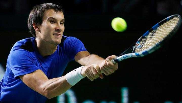 Россиянин Донской вышел в четвертьфинал теннисного турнира в Делрэй-Бич