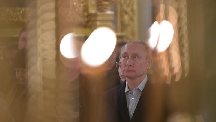 Путин в субботу побывал в Печорах