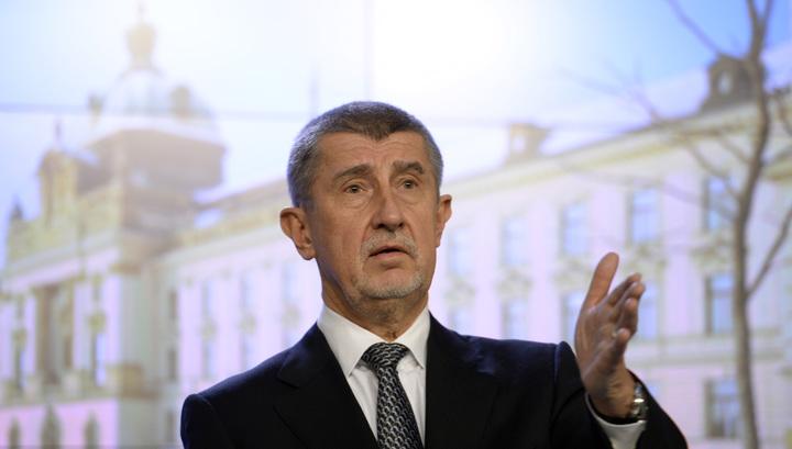 Чешского премьера лишили неприкосновенности