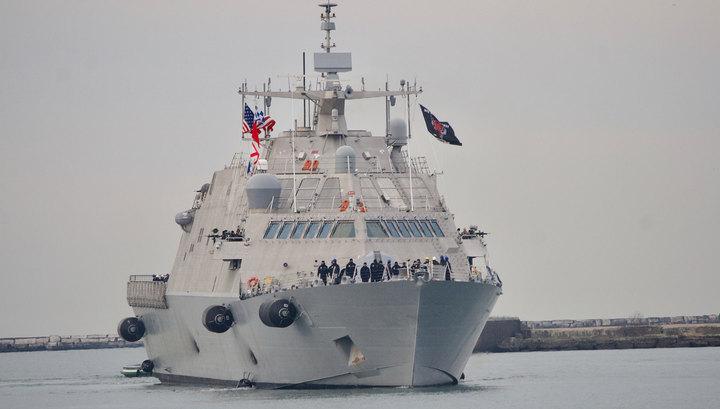 Новейший корабль ВМС США застрял во льдах в первом же походе