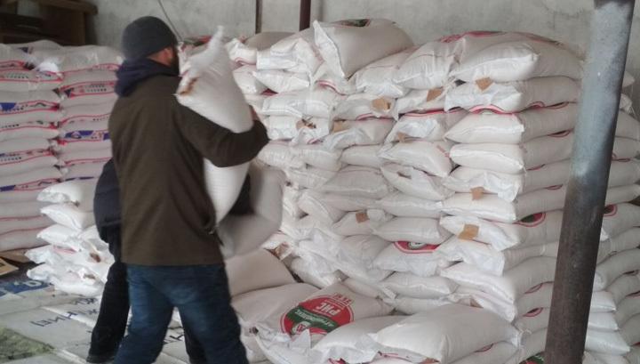 Неизвестный подарил бедным ингушским семьям 50 тонн продуктов