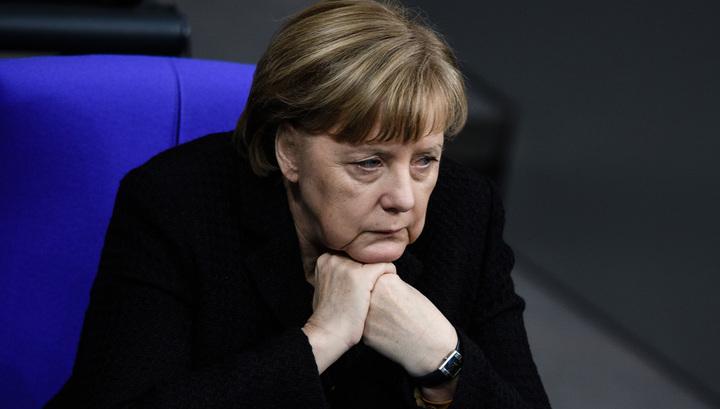 Слова Меркель во время приступа прочли по губам